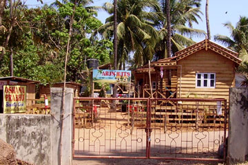 Arun Huts Resort in Arambol -  Nordgoa.
