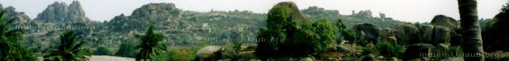 Landschaft im Osten von Karnataka bei den Indien Reisen.